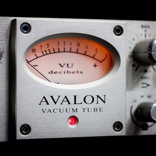 Avalon 737 Plugin